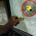 Mini-Car-Window-Breaker-Emergency-Safety-Hammer-survival-knife-with-Key-Chain-glass-breaker-tool-cutter_2048x